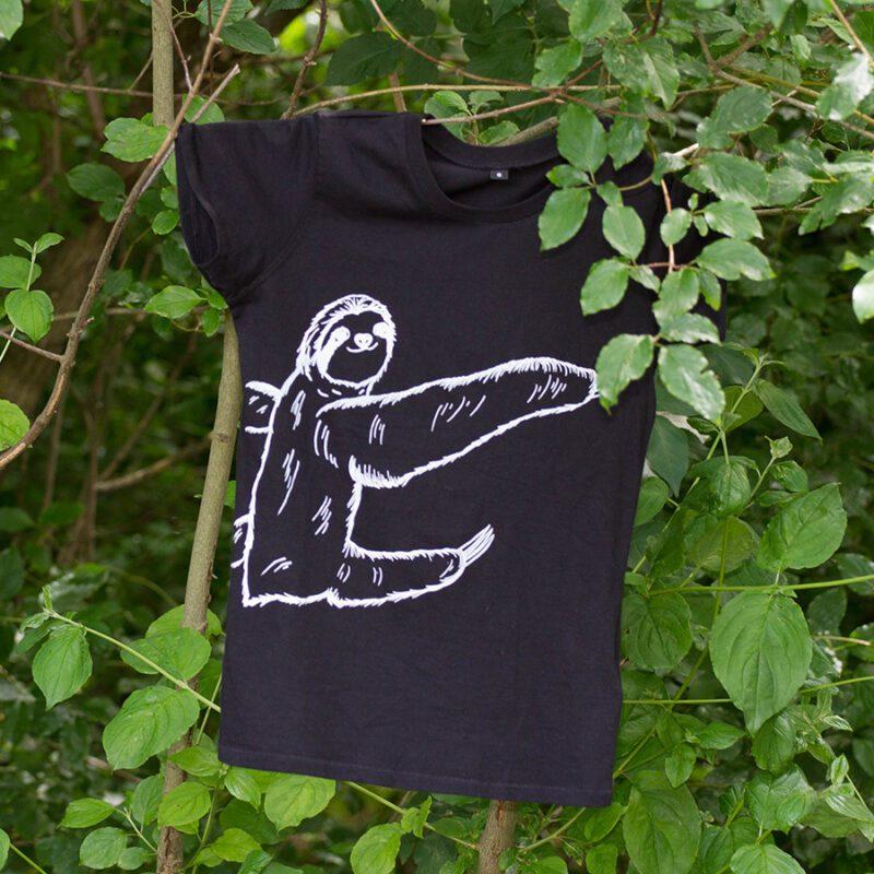 Sitzendes-Faultier-Sibbel-Shirt