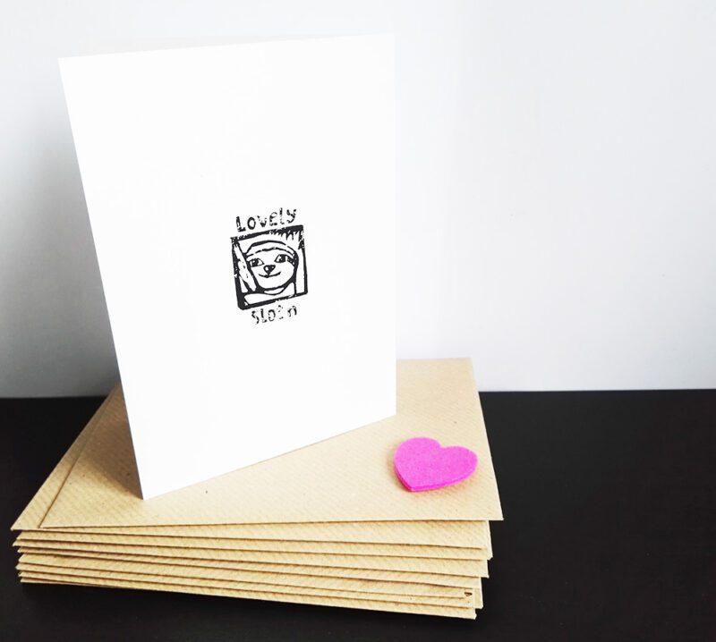 Faultier Klappkarte Liebeskarte Faultiere Rückseite mit Lovely Sloth Logo Siebdruck