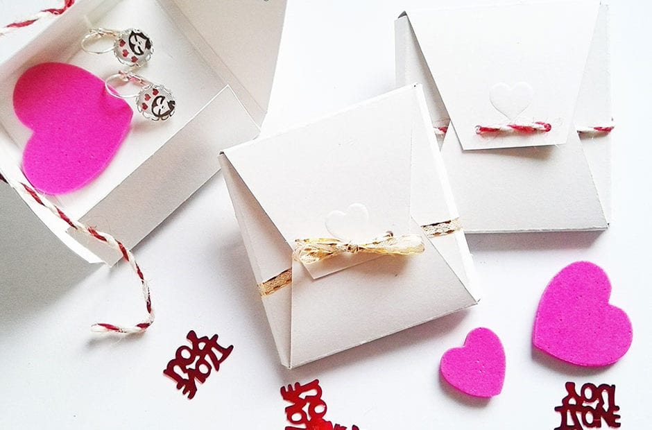 diy-geschenkbox-aus-papier-bastelanleitung-lovelysloth