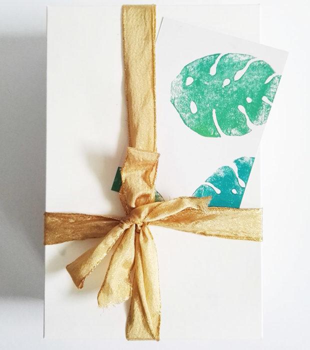 dschungel-postkarte-lovelysloth-beispielbild