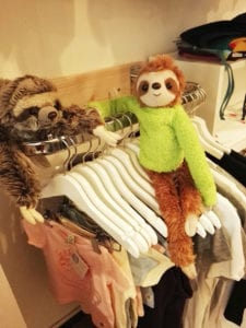 fachtastisch-lovely-sloth-leipzig-kleiderstange