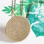 palmenblatt-kette-bronze-rueckseite-lovelysloth
