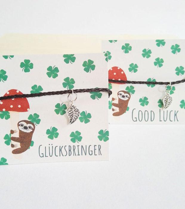 gluecksarmband-zweisprachig-lovelysloth