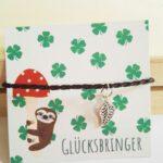 gluecksarmband-zweisprachig-nah-lovelysloth