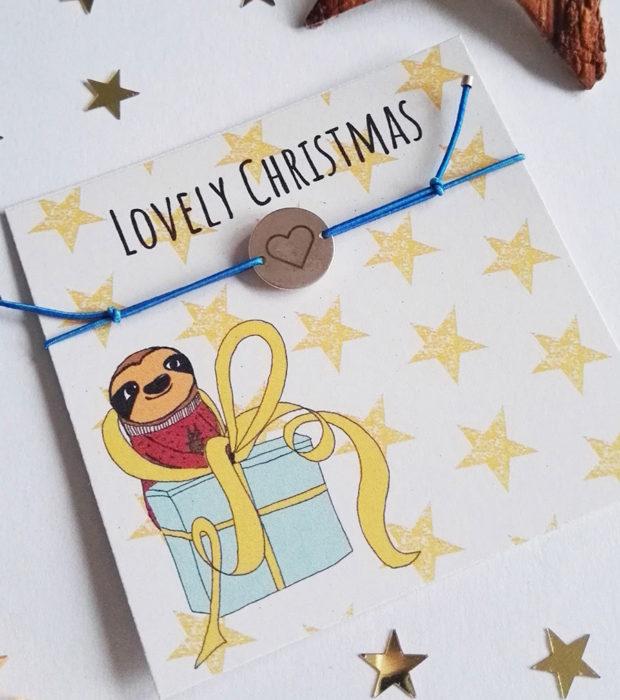 lovelysloth-lovely-christmas-elastisches-armband-nah