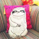 lovely-sloth-faultier-kuscheltier-kissen